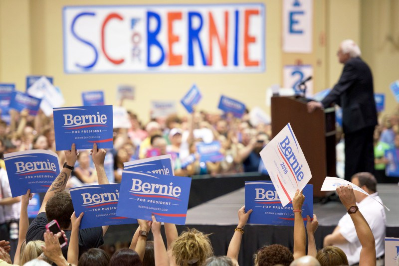 sanders black single women Bernie sanders's real problem with black and hispanic voters by janell ross february 4,  unlike some of sanders's other prominent black supporters, .